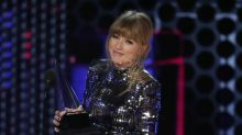 Taylor Swift uses music muscle to seek higher payouts for others