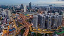 Malaysia's Economic Growth Picks Up, Bucking Regional Headwinds