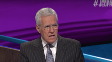 'Jeopardy!' contestants fumble 5 straight football questions