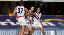 Dockers prevail to keep Crows winless