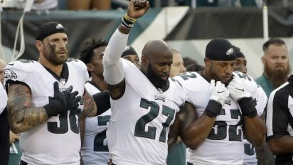 Long supports anthem protest 'as a white athlete'