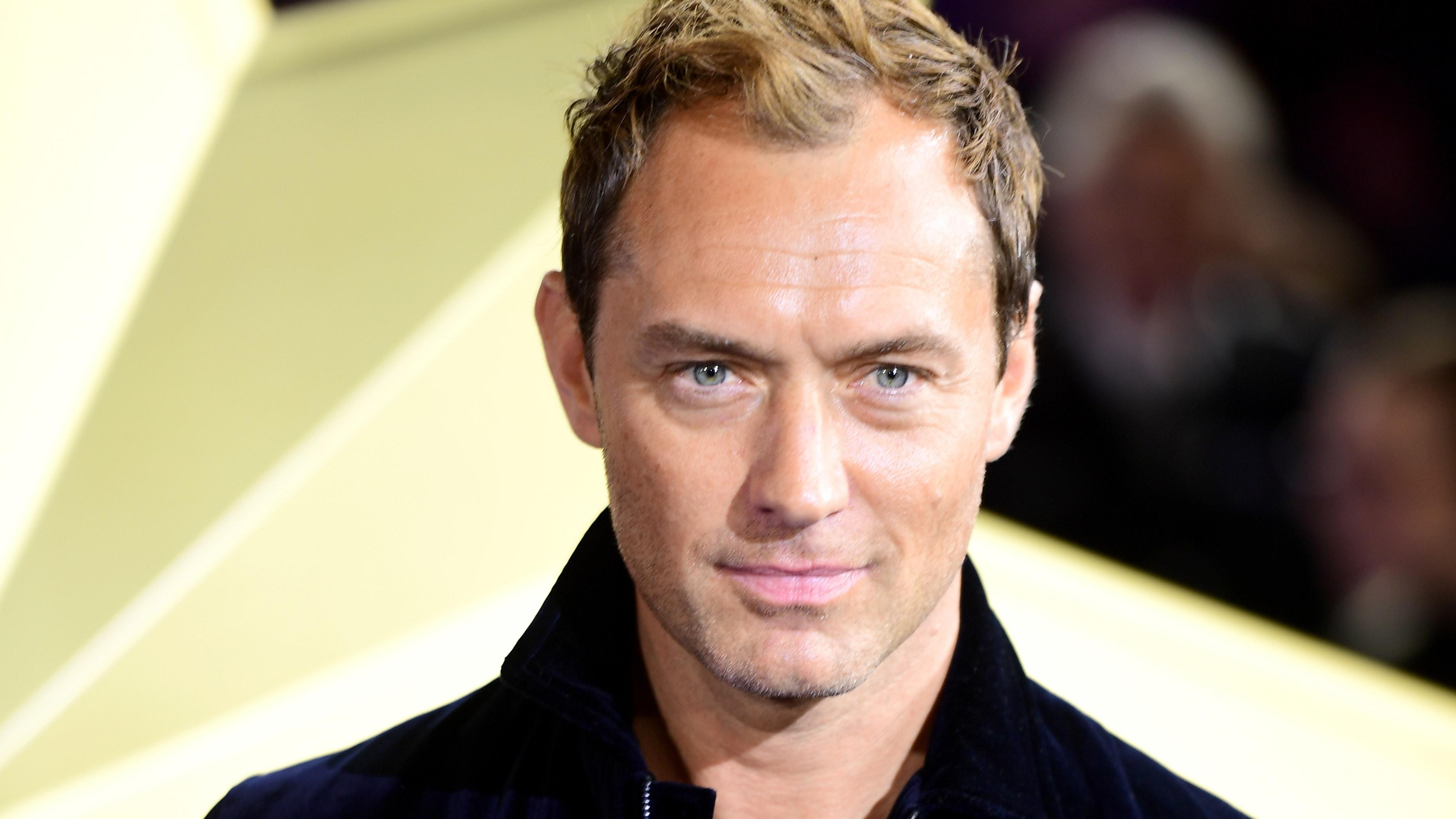 Jude Law says 'Sex and the City' joke about his nanny ...