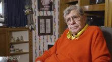 Jerry Lewis conducts the most awkward interview of all time