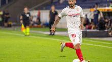 Foot - ESP - Séville FC - Ever Banega fond en larmes au moment de faire ses adieux au Séville FC