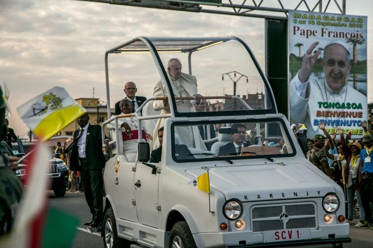 Pope presses need for dignity of work for Madagascar's poor