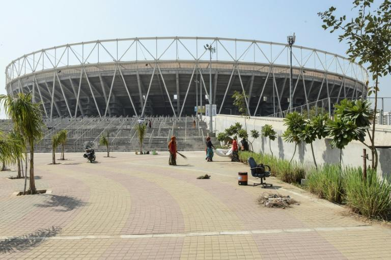 Crowd pressure for England at the world's largest cricket stadium