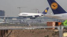 Lufthansa Freezes Hiring as Coronavirus Outbreak Squeezes Demand