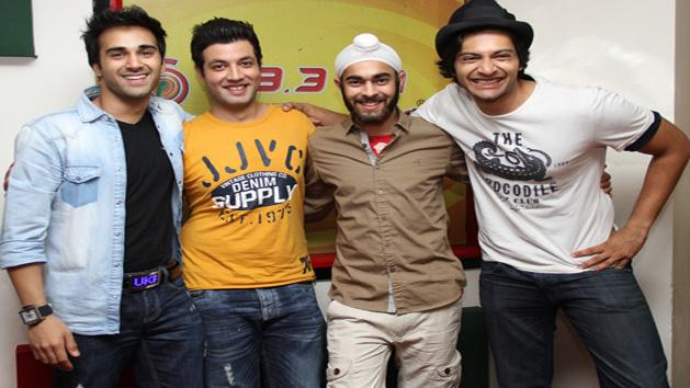Film Fukrey's Star Cast Pulkit Samrat And Varun Sharma on Radio Mirchi
