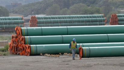 British Columbia cannot regulate Trans Mountain pipeline oil flows: court