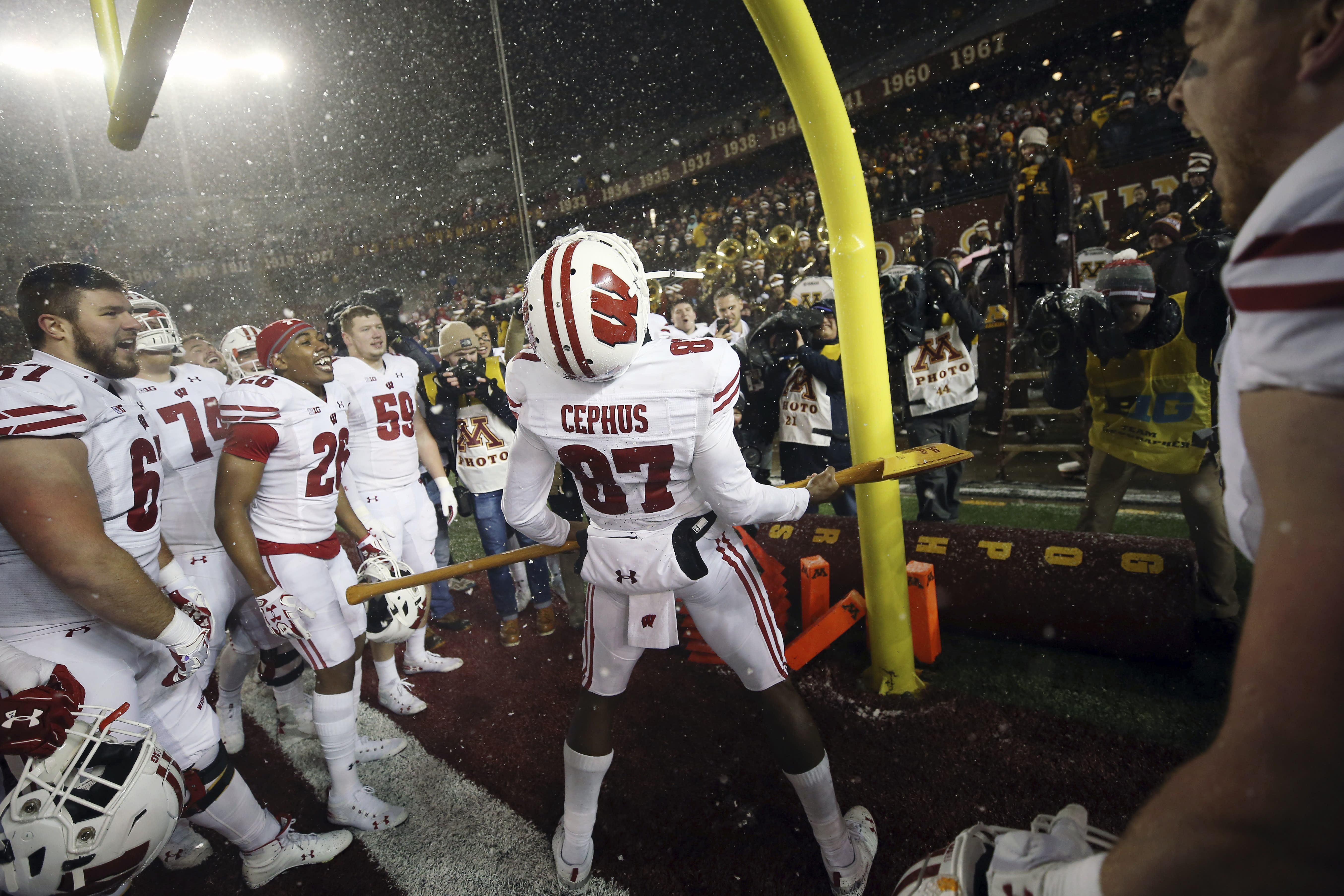 Badgers get Axe back, blame Minnesota for too many displays