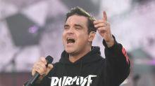 Robbie Williams desarrolla adicciones 'con facilidad'