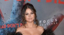 Selena Gomez 'freaked out' by toilet meeting with Jennifer Aniston