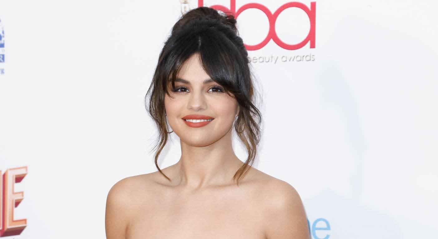 Selena Gomez reveals she has bi-polar: What are the symptoms of the condition?