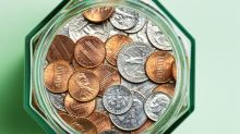 "Banks Are Paying People to Bring in Their Spare Change as National ""Coin Shortage"" Takes Place"