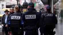 Une vidéo d'insultes révulse les policiers