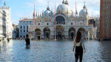Veneza, devastada pela pior enchente dos últimos 50 anos, em 15 imagens