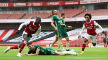 Pépé and Saka keep Arsenal on track as Sheffield United's winless start goes on