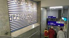 Aktion: Kunst am Bahnhof Friedrichstraße lädt zum Innehalten ein