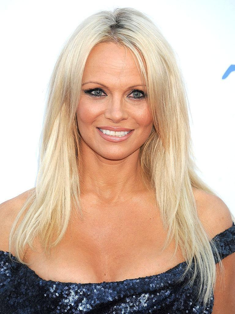 Cured of Hepatitis C, Pamela Anderson Gets Naked to