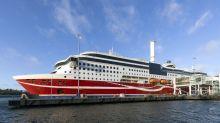 Gestrandete finnische Ostsee-Fähre nimmt Weiterfahrt auf