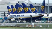 Ryanair's Lauda airline to close Vienna base, 300 jobs to go