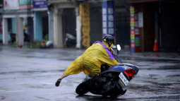 Third typhoon of the month injures 32 in Taiwan