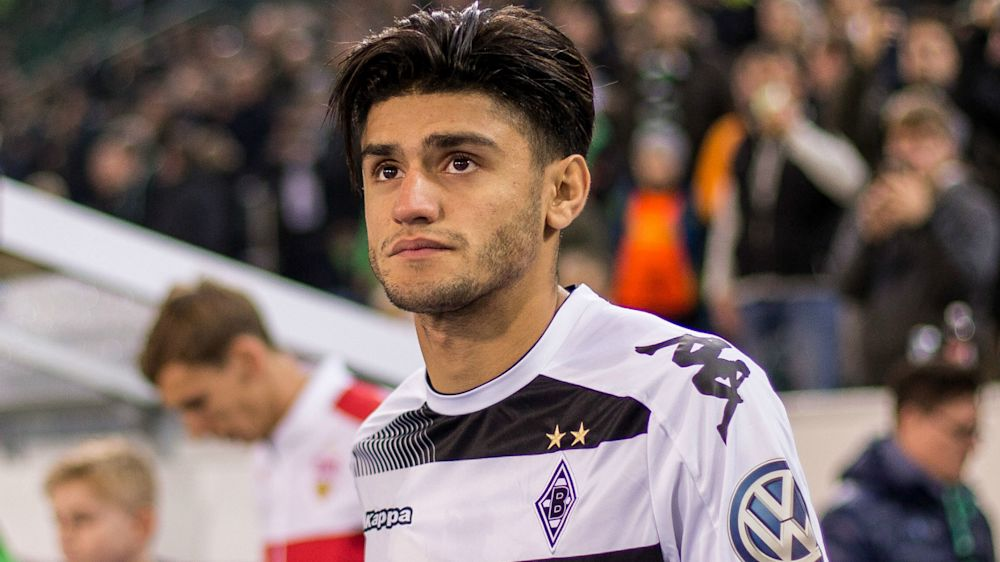 Borussia Dortmund win the race for Liverpool-linked Dahoud