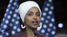 Campaña viral apoya a la congresista que sufrió ataques racistas de Trump y sus seguidores