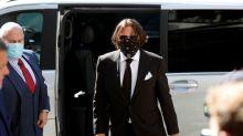 Johnny Depp dice a corte que exesposa o una de sus amigas defecó en la cama y acabó con el matrimonio