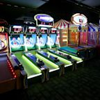 Dave & Buster's Seeks Liquidity From $500 Million Junk Bond