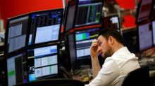 Asian Stocks Fall Amid Trump's Trade Comments; Autos Hit by Potential U.S. Tariff