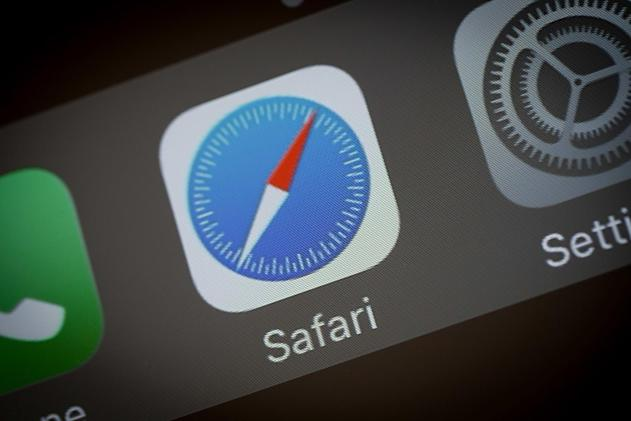 Security flaw left Safari and Edge users vulnerable to fake websites
