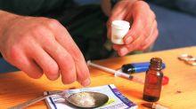 Rauschgift: Erneut verletzt sich Polizistin an sichergestellter Spritze
