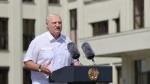 Biélorussie: les eurodéputés appellent à suspendre les relations de l'UE avec Loukachenko