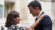 La alcaldesa de París traslada su apoyo a Sánchez para ganar el 28A