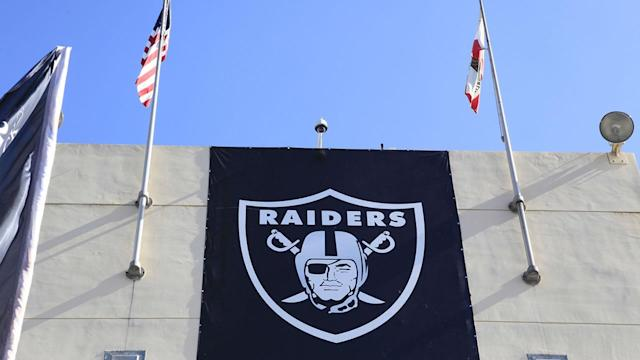 Oakland Raiders owner considers move to Concord
