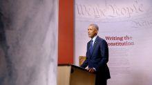 El expresidente Obama respalda a nueve candidatos latinos demócratas