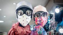 Covid-19 : le masque devient-il un nouvel accessoire de mode incontournable ?