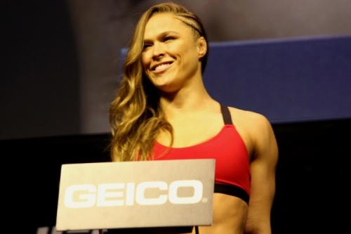 Ronda Rousey foi nocauteada por Amanda Nunes no UFC 207 - Diego Ribas