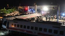 Trem descarrila em Taiwan e deixa pelo menos 18 mortos e 160 feridos