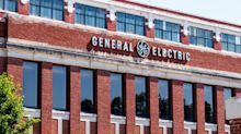 UPDATE 1-General Electric grabs finance chief from shipping group Maersk