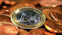 Euro rises on bets for ECB tightening