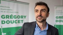 """Fermeture des bars à 22h: le maire de Lyon conteste une décision """"difficile à comprendre"""""""
