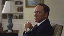 La extrema táctica de Netflix: Prohíben miradas de más de 5 segundos entre compañeros de rodaje para evitar el acoso sexual