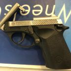 TSA agents arrest man with gun at Newark airport; first one of the year