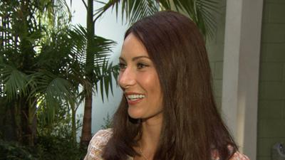 Laura Benanti Talks Working With Matthew Perry On NBC's 'Go On'