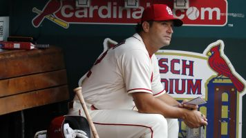 Cardinals unexpectedly fire Mike Matheny