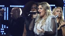 Kelly Clarkson blows away fans at U.S. Open, sparks petition for Super Bowl halftime show — but she once said she'd never do it