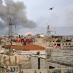 Syrian army pounds IS-held district in capital's south
