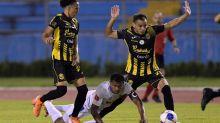 Olimpia empata el clásico con Real España en Honduras y Motagua es líder